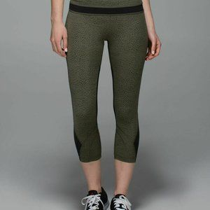 LULULEMON RUN INSPIRE CROPS DOTTY DASH nwt 6